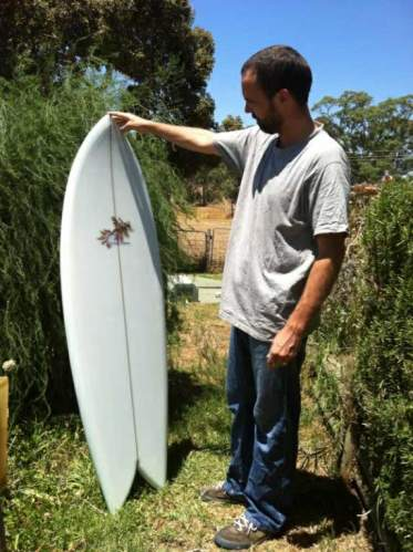 Such a cute little board, but man, it will go in the right conditions!